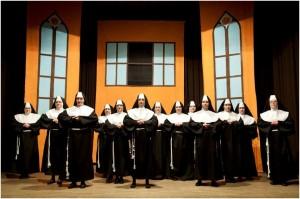 Gledališka skupina KD Svoboda Dol: Nune plešejo